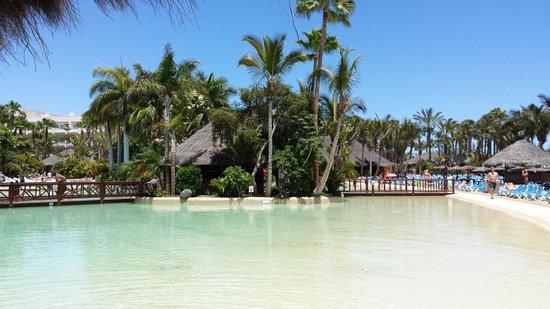 Maspalomas Princess Hotel: One of the pools