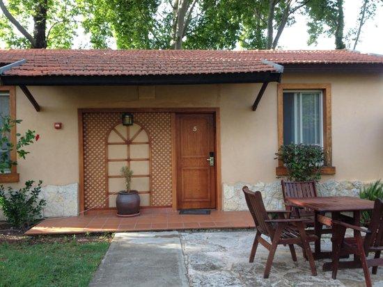 Hagoshrim Hotel & Nature: private bungalow; detached stand-alone style