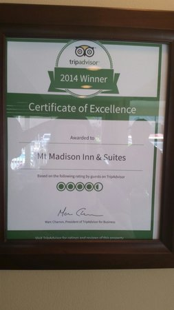 Mt Madison Inn & Suites : Trip Advisor rating of 4 1/2