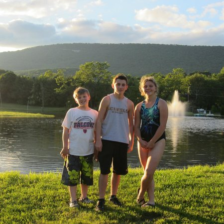 Dogwood Acres Campground: Catch and release fishing pond