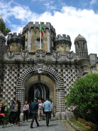 Yellow Bus Tours Lisbon : Entering Sintra Castle--drawbridge