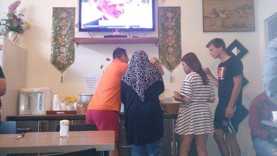 Mitraa Inn : Breakfast Time