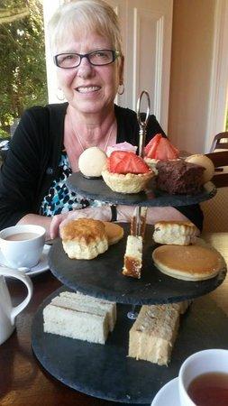 Taychreggan Hotel & Restaurant: Afternoon Tea