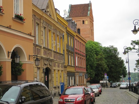 Mamaison Hotel Le Regina Warsaw: Hotel street