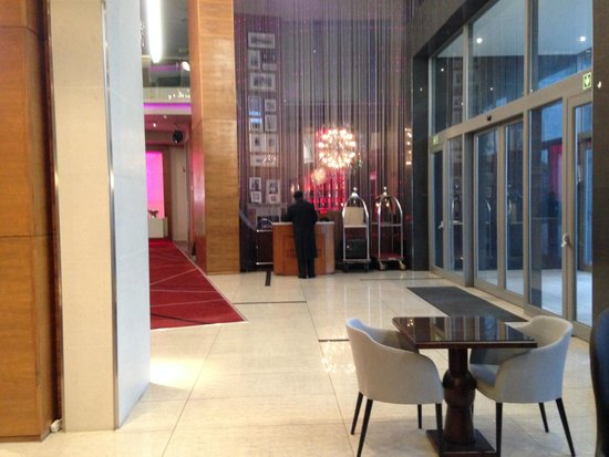 Cape Town Marriott Hotel Crystal Towers : Lobby