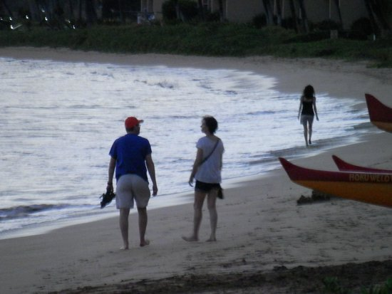 Kihei Beach : Sunset walking