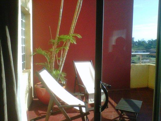 Grand Crucero Iguazú Hotel: Balcón Terraza un placer