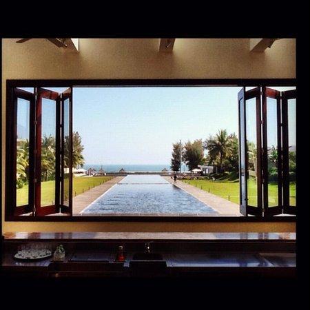 Pullman Danang Beach Resort: view from the lobby