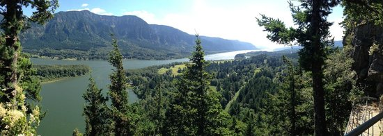 Columbia River Gorge National Scenic Area: looking west in the afternoon from Beacon Rock