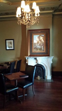 Puddicombe House: Another inside dining room