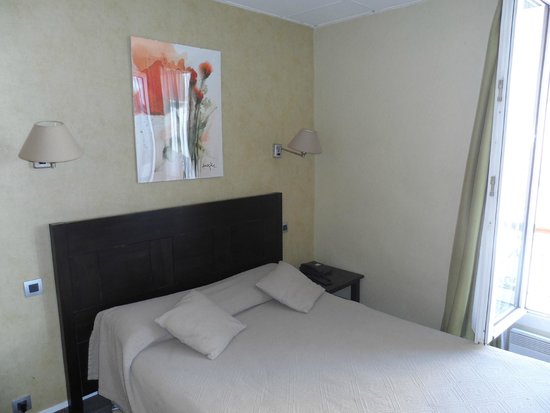 Hotel Carladez Cambronne: How the rooms actually look