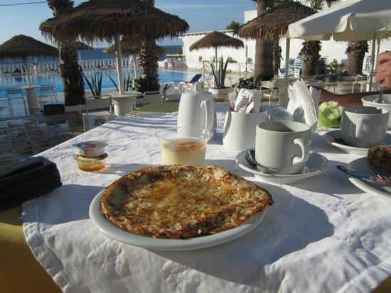 Kamari Beach Hotel: Pfannkuchen