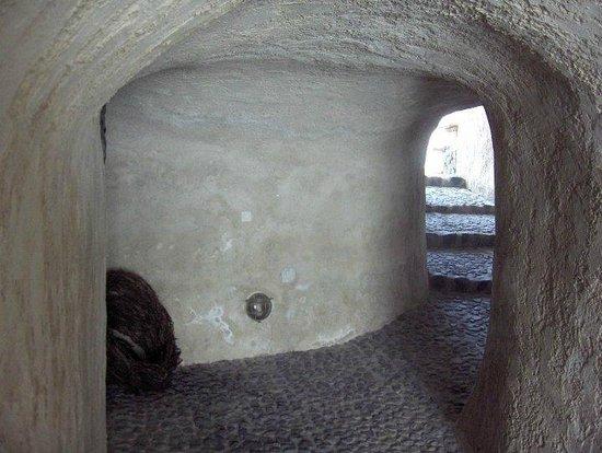 Gavalas Winery: Entry