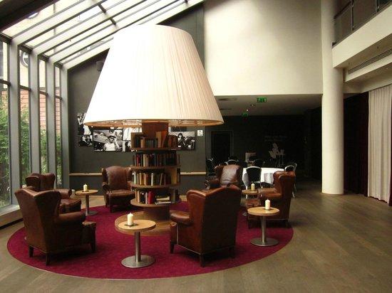 pentahotel Leipzig: Lobby