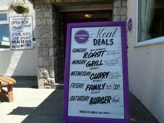 Mountain View Pub & Restaurant: Deals