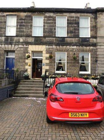 Sherwood Guest House: El lugar ideal para descansar luego de un día escocés
