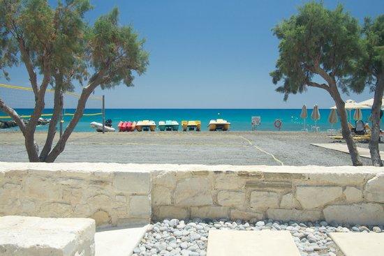Ostria Resort & Spa : Beach