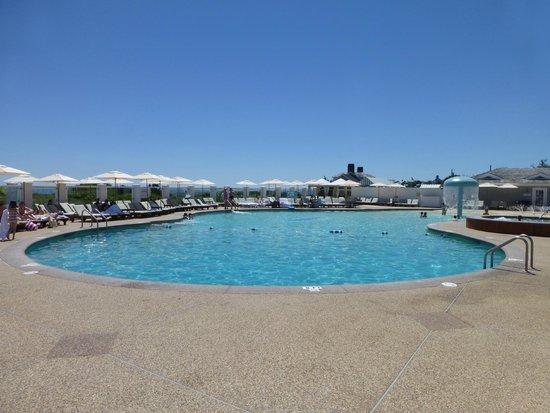 Chatham Bars Inn Resort and Spa: Pool area