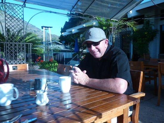 Pala Mesa Resort: Breakfast on the Patio