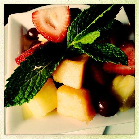 JUNO: Fruit Bowl