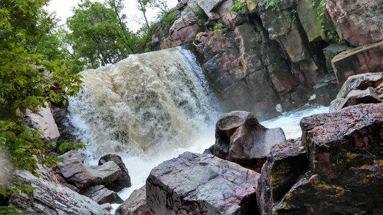 Pipestone National Monument: Falls 6/22/14