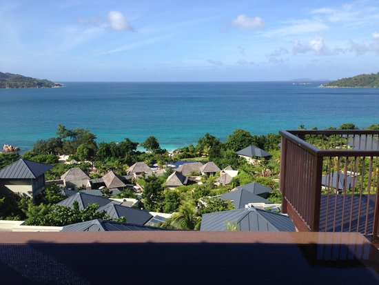 Raffles Seychelles: View from the bed