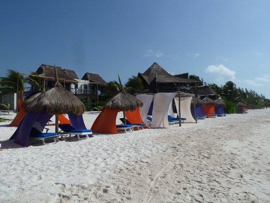 Al Cielo Hotel: view from beach