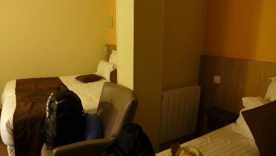 La Vieille Auberge: Bedroom