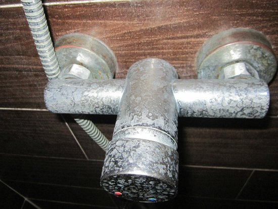 Al's Laemson Resort: Mais uma torneira