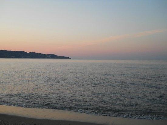 MariRena Hotel: море на закате