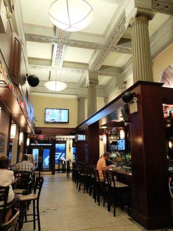 Brendan's Bar & Grill: Very cosy spot