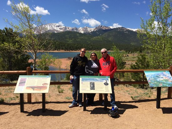 Pikes Peak Mountain Bike Tours: rest stop at the Dam