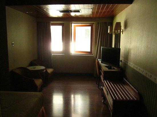 Rex Hotel : Blick ins Zimmer