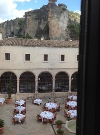 Parador de Cuenca: view into the courtyard