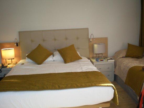 Sunrise Hotel : bedroom