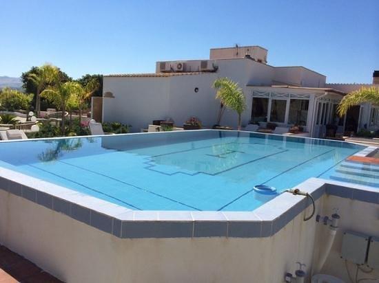 Villa delle Palme Delfina : piscine