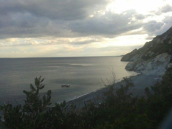 Spiaggia di Palombaia: Vista dalla scala