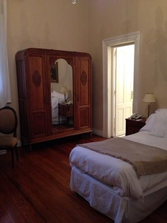 Hotel del Casco: Room with twin beds