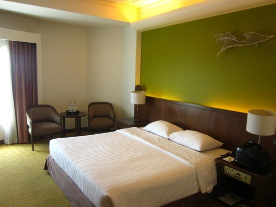 Krungsri River Hotel : Doppelbett
