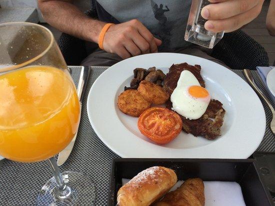 Conrad Algarve : Rumpsteak auf der Frühstückskarte, wow :)