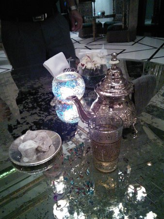 Sultan's Lounge: Enjoy the Moroccan Mint Tea