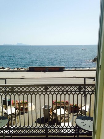 Partenope Relais : The sea view from our room