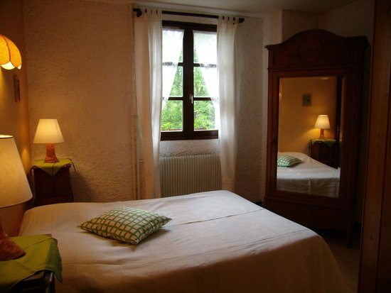 Le Castel Blanc : Comfortable rooms with private bathroom