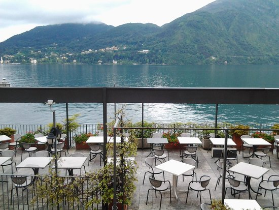 Hotel Bazzoni et du Lac: The view from our room to dining room