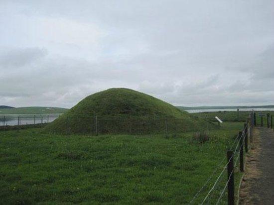 Unstan Chambered Cairn: Unstan burial mound