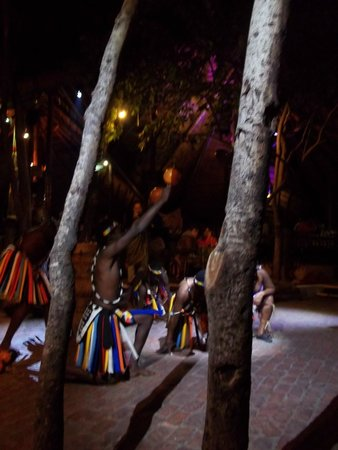 The Boma - Dinner & Drum Show: Dancers