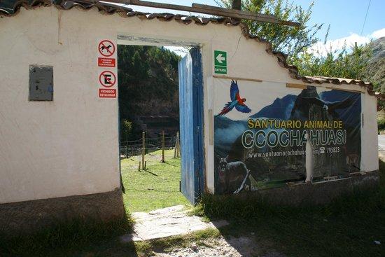 Ccochahuasi Animal Sanctuary: entrance