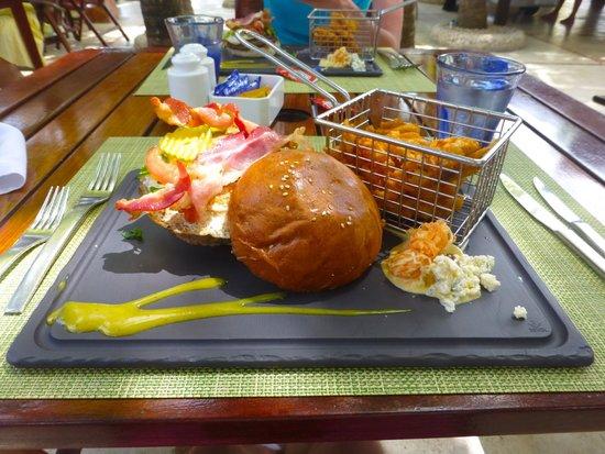 El Dorado Sensimar Riviera Maya: Burgers