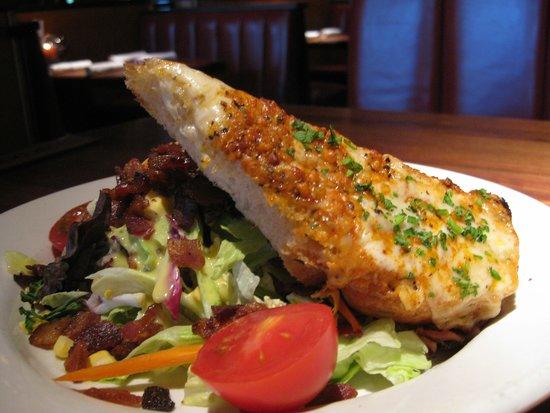 Houston's: Salad