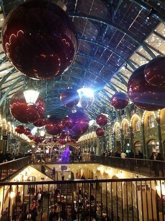 Covent Garden : ready for Christmas 2013